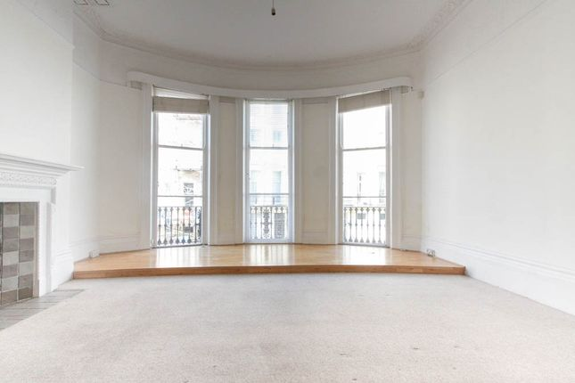 Thumbnail Flat for sale in Eaton Place, Brighton