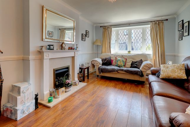 Living Room of Bishop Crescent, Shepton Mallet BA4
