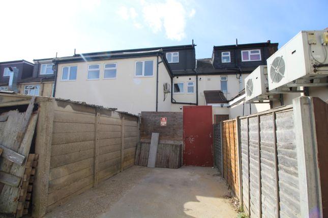 Thumbnail Flat to rent in Wennington Road, Rainham, Essex RM13, Rainham,