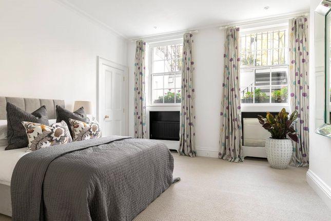 Picture No. 55 of Earls Terrace, Kensington W8