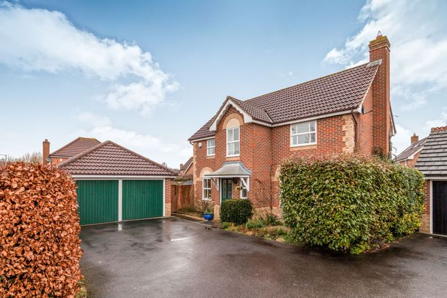 Thumbnail Detached house to rent in Boltons Lane, Binfield, Bracknell