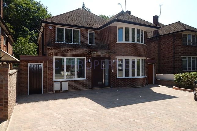 Thumbnail Detached house to rent in Danescroft Gardens, Hendon