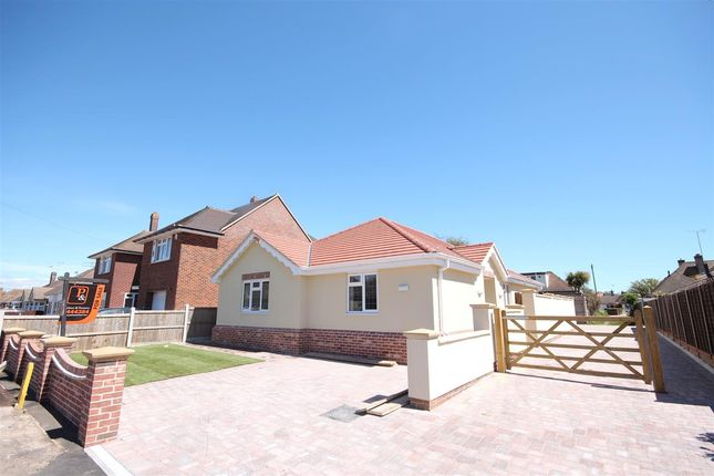 Thumbnail Bungalow for sale in The Laurels, Seafields Road, Holland-On-Sea