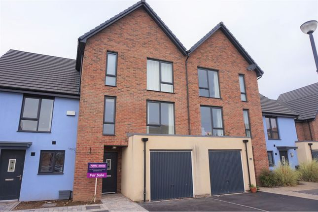 Thumbnail Town house for sale in Portland Drive, Barry