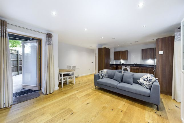 Thumbnail Flat to rent in Thorneycroft House, 21 Douglas Close, Stanmore
