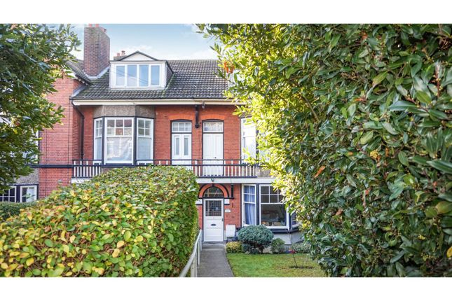 Thumbnail Terraced house for sale in Cliff Road, Harwich