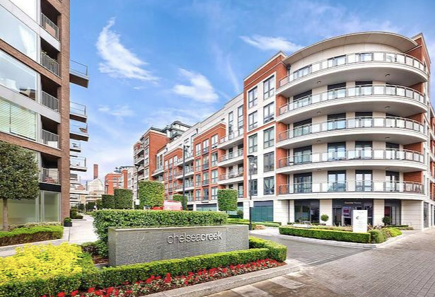 Thumbnail Flat for sale in Park Street, Chelsea Creek, London