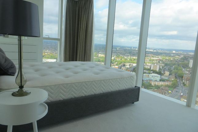 Photo 8 of Skyline Tower, Woodberry Down Estate, Woodberry Park, London N4