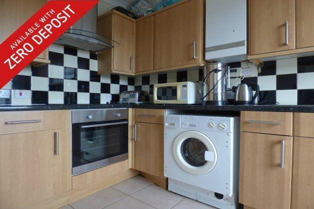 Thumbnail Flat to rent in 46 Fitzroy Street, Sandown