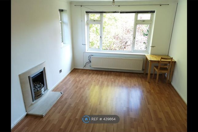 Thumbnail Flat to rent in Crescent Court, Sale