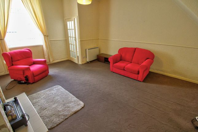 Lounge of Thames Street, Chopwell, Newcastle Upon Tyne NE17