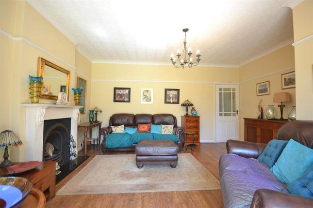 Lounge Alt 1 of Chestnut Avenue, Ewell, Epsom KT19