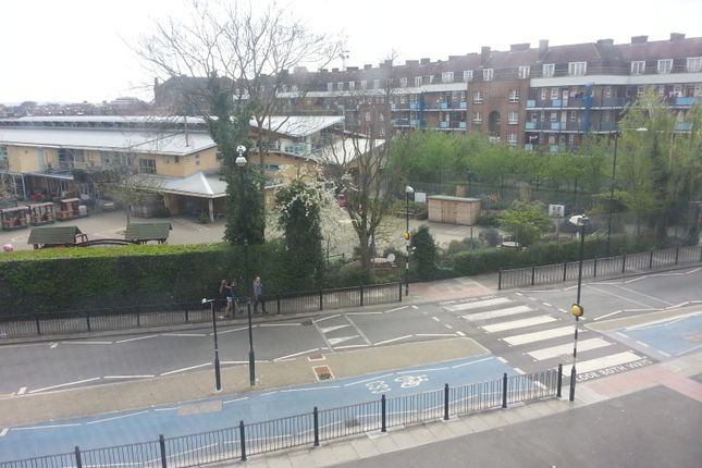 Thumbnail 3 bed flat to rent in Shadwell Gardens, London