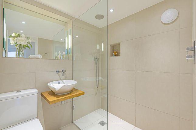 Bathroom of Checkendon, South Oxfordshire RG8
