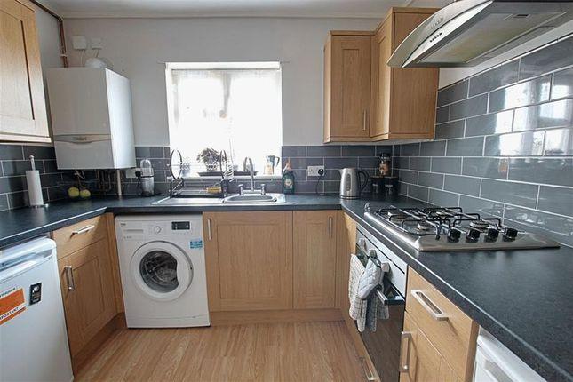 Thumbnail Flat to rent in Lambrok Road, Trowbridge