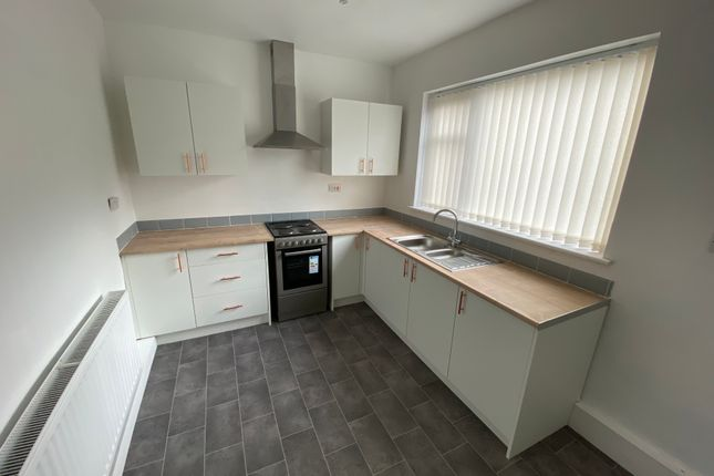 3 bed semi-detached house to rent in O'sullivan Crescent, St. Helens WA11