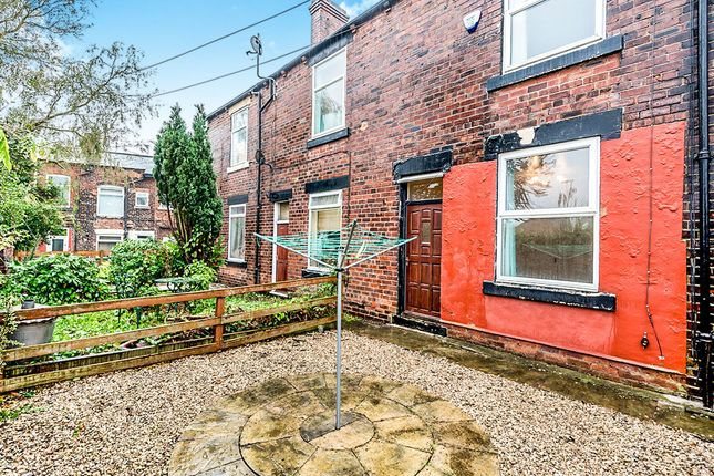 Thumbnail Terraced house to rent in The Mount, Rothwell, Leeds