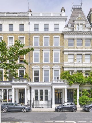 Thumbnail Flat for sale in Wetherby Gardens, South Kensington, London
