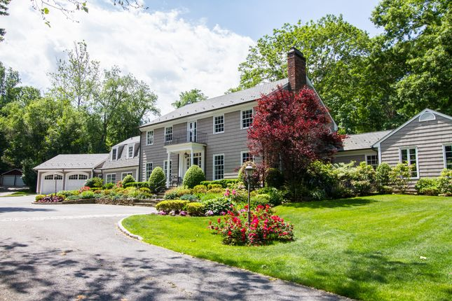 Thumbnail Town house for sale in 177 Cove Rd, Oyster Bay, Ny 11771, Usa