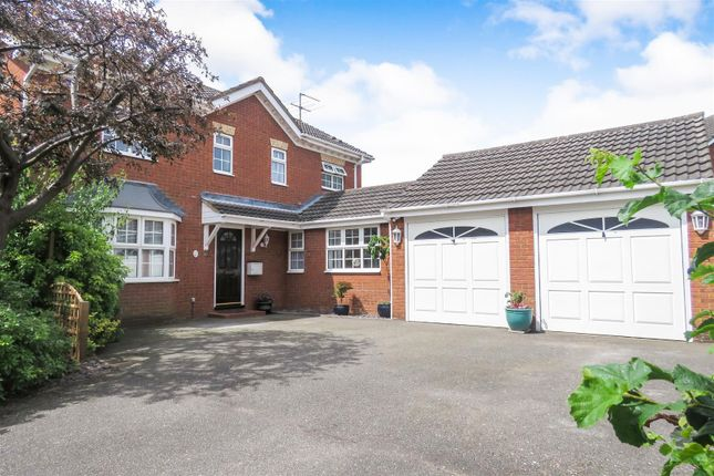 Thumbnail Detached house for sale in Clover Close, Biggleswade
