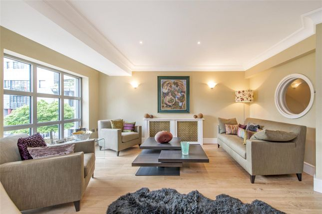 Thumbnail Terraced house for sale in Monkwell Square, City Of London, London