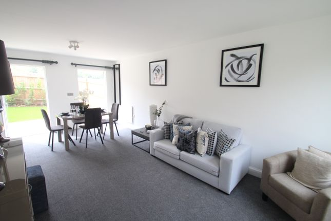 Thumbnail Town house for sale in Bewick Mews, High Street, Hungerford