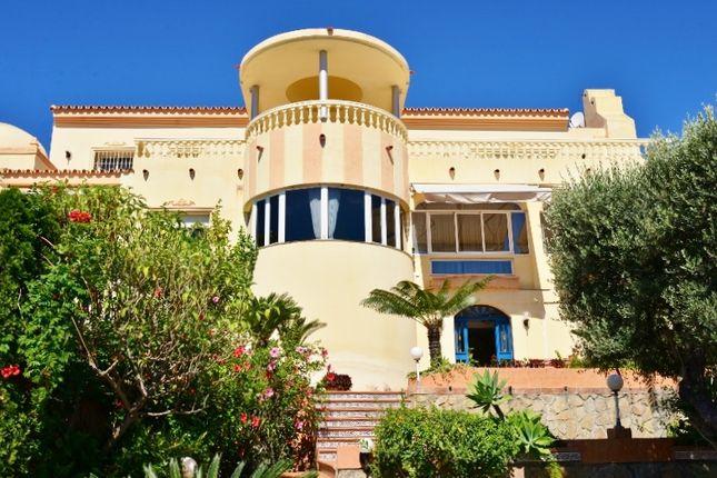 Thumbnail Villa for sale in Calle De Finlandia, Benalmádena, Málaga, Andalusia, Spain