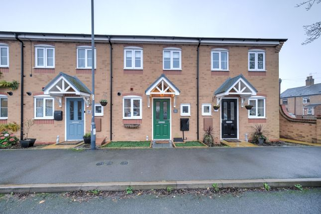 2 bed terraced house to rent in Feather Lane, Nuneaton CV10