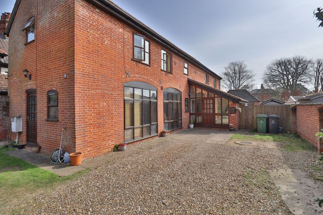3 bed detached house for sale in West Harling Road, East Harling, Norwich NR16