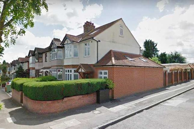 Semi-detached house for sale in Osborne Road, Hornchurch