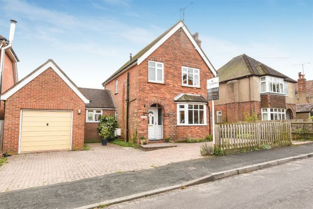 Thumbnail Detached house for sale in Queens Road, Alton