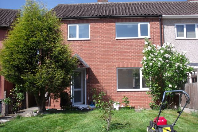 Thumbnail Semi-detached house to rent in Queensway, Dordon, Tamworth, Stafforshire