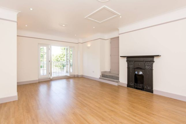 3 bed flat for sale in Dartmouth Road, Mapesbury Estate, London NW2