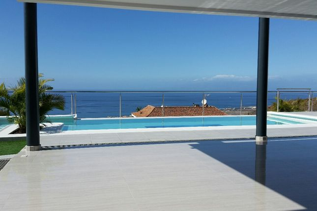 Thumbnail Villa for sale in Tenerife, Canary Islands, Spain - 38670