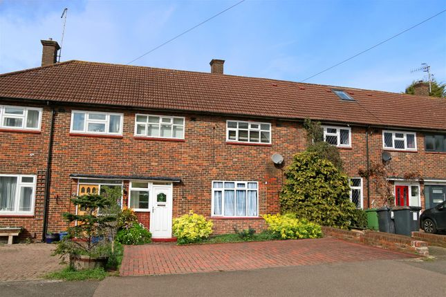 Thumbnail Terraced house for sale in Arundel Drive, Borehamwood