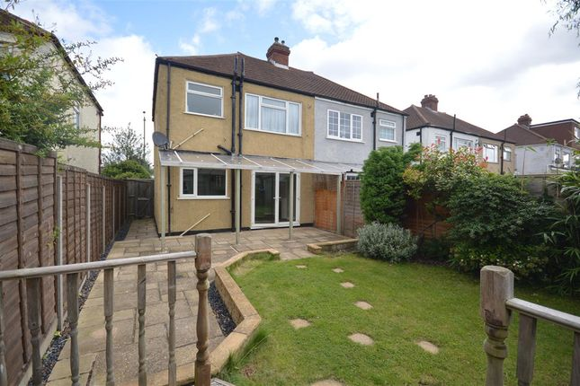 Thumbnail Terraced house to rent in Hook Rise South, Tolworth, Surbiton
