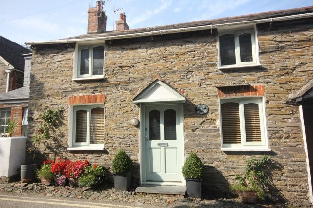 3 bed property for sale in High Street, Padstow