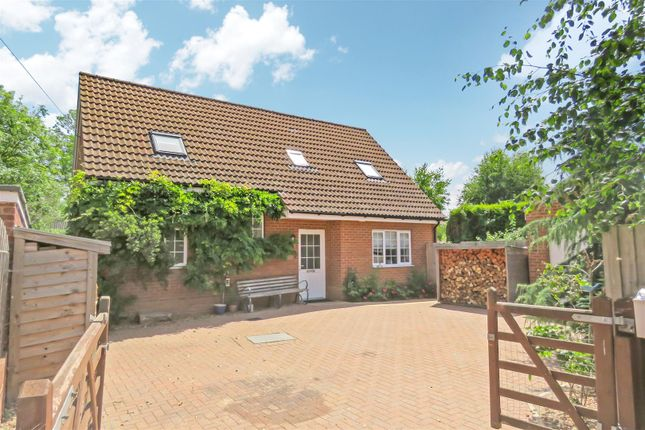 Thumbnail Detached house for sale in Garner Close, Northill, Biggleswade