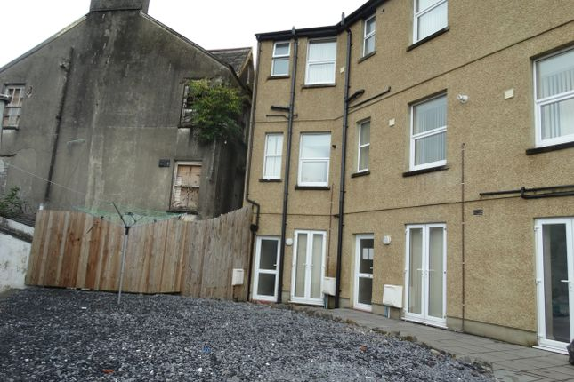 Thumbnail Flat to rent in Coed Saeson Crescent, Sketty, Swansea