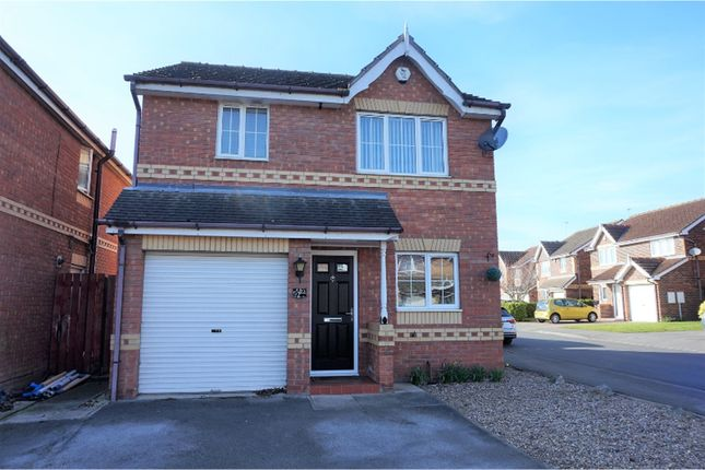 Thumbnail Detached house for sale in Fair Holme View, Doncaster