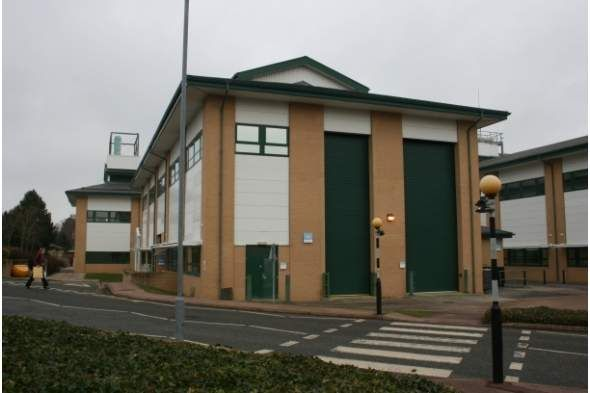 Thumbnail Office to let in Cody Technology Park, Farnborough, Hampshire