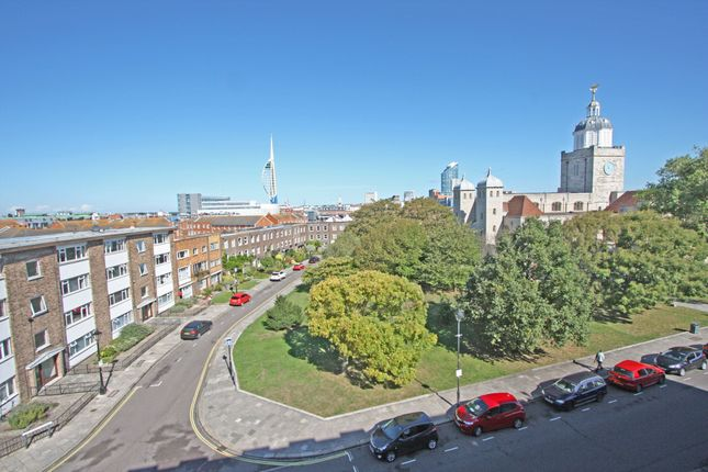 Thumbnail Flat to rent in High Street, Portsmouth