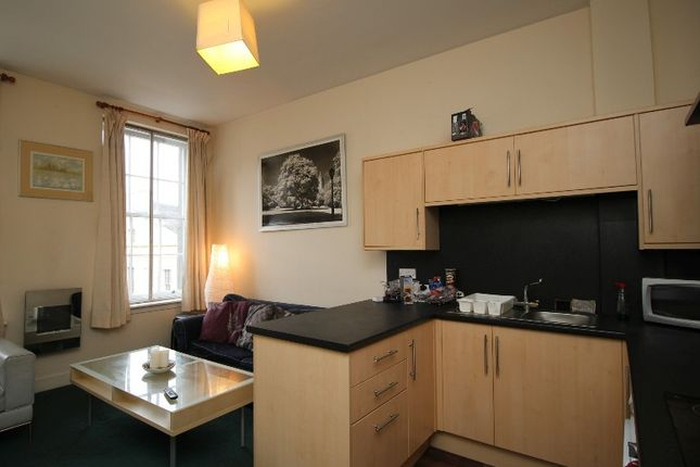 Thumbnail Flat to rent in South Bridge, Old Town, Edinburgh
