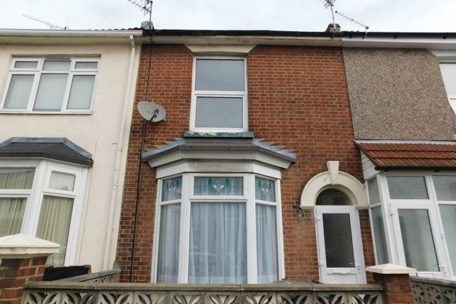 Thumbnail Semi-detached house to rent in Chichester Road, Portsmouth