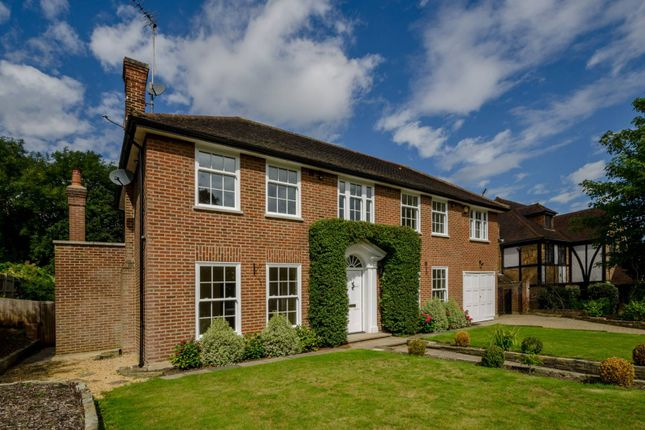 Thumbnail Property to rent in Northcliffe Drive, Totteridge