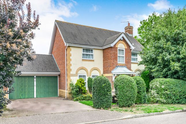 Thumbnail Detached house to rent in Earles Meadow, Horsham