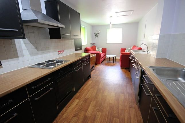 Thumbnail Terraced house to rent in Norfolk Park Road, Sheffield