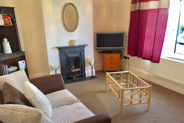 Thumbnail Property to rent in Hayes Gardens, Paignton
