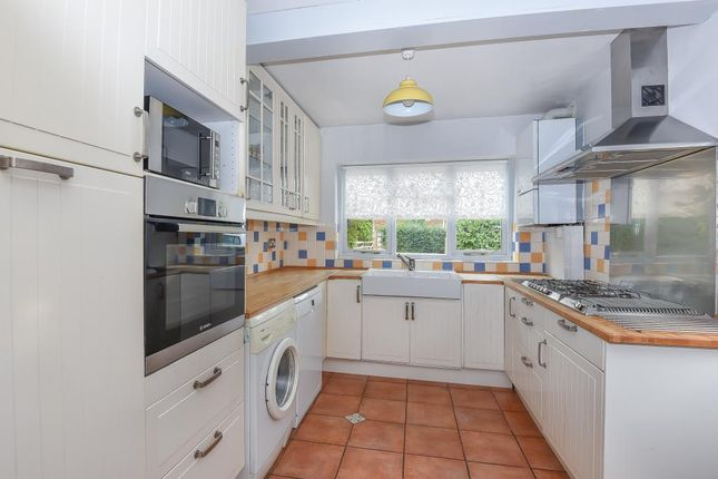 Thumbnail Detached house to rent in Crouch Lane, Winkfield