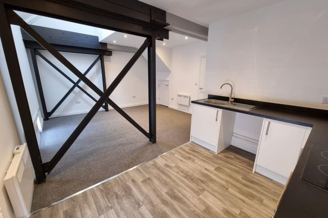Thumbnail Flat to rent in High Street, Rugby